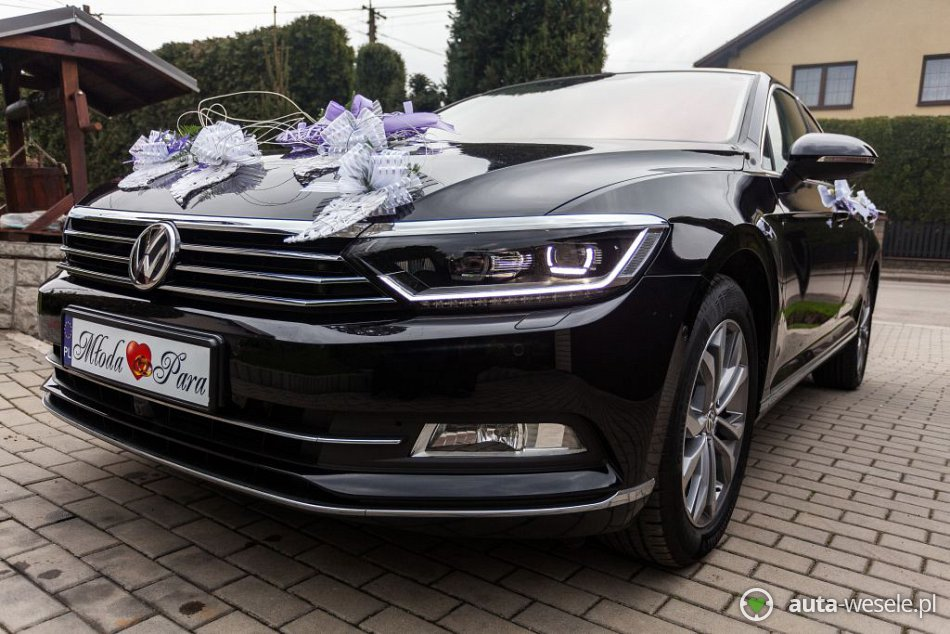 samoch d lubny golesz w vw passat b8 highline 2015 full opcja auta. Black Bedroom Furniture Sets. Home Design Ideas